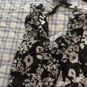 Floral Dress Black house White market